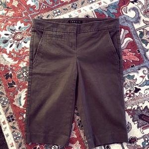 THEORY | brown cropped khakis